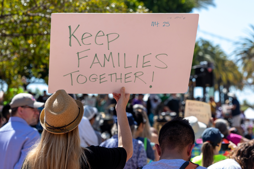 Trump Administration Can't Meet Family Reunification Deadline