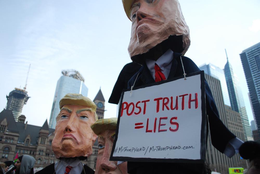 Propaganda of Authoritarianism: The Presidential Fog Machine